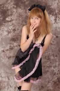 http://img277.imagevenue.com/loc381/th_623300964_Silver_Sandrinya_maid_3_121_122_381lo.jpg