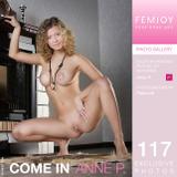 FemJoy.com 2017 01 03 Anne P Come In