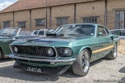 th_014267141_Ford_Mustang_Mach_1_122_58lo